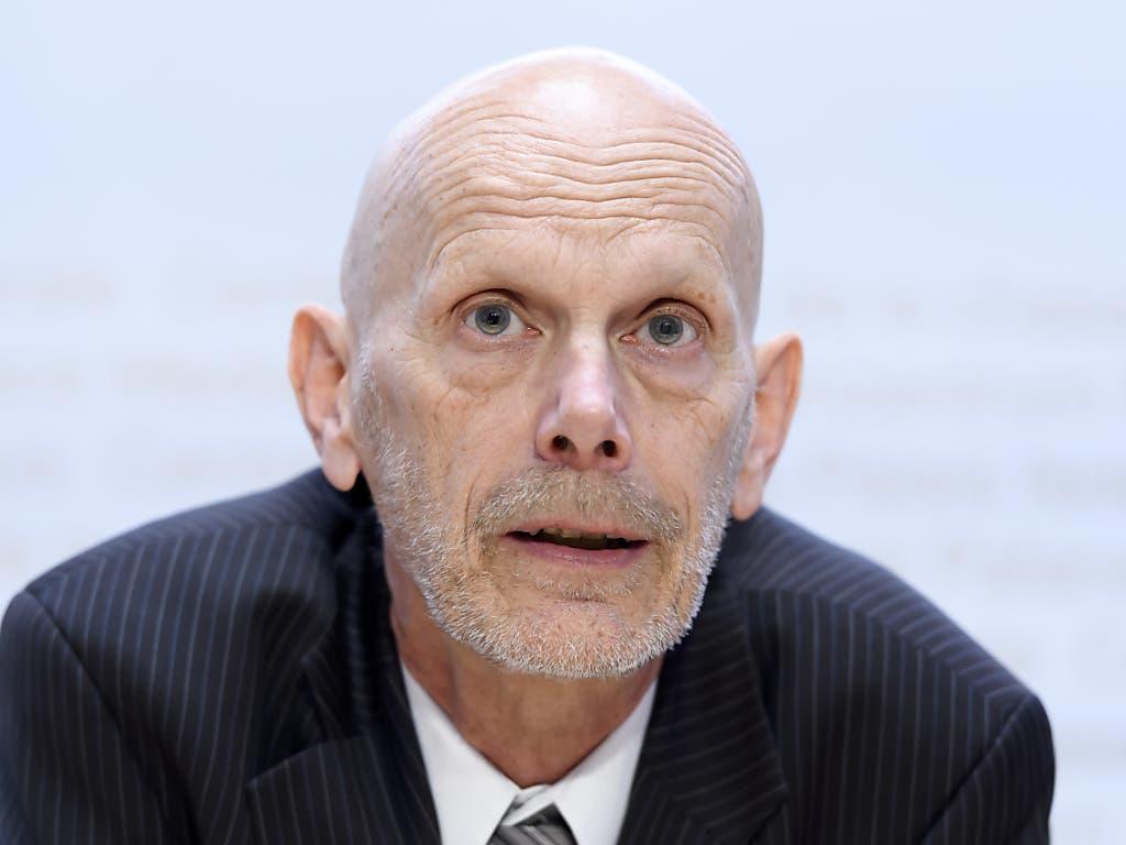 Daniel Koch, Leiter der Abteilung übertragbare Krankheiten im Bundesamt für Gesundheit (BAG), informiert Medienvertreter über das neue Coronavirus.
