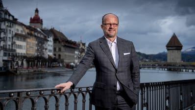 Will von der kantonalen in die kommunale Politik wechseln: FDP-Fraktionschef Andreas Moser. (Bild: Boris Bürgisser (Luzern, 28. Januar 2020))