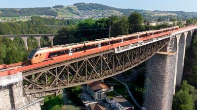Der Voralpen-Express auf der Sitterbrücke bei St. Gallen. (Ralph Ribi (4. Juni 2019))