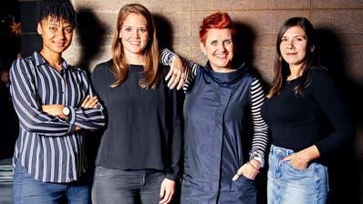 Die neuen Sport-Kolumnistinnen der «Schweiz am Wochenende» stellen sich vor: Sarah Akanji, Florence Schelling, Steffi Buchli und Céline Feller (von links nach rechts). (CH Media / Colin Frei)