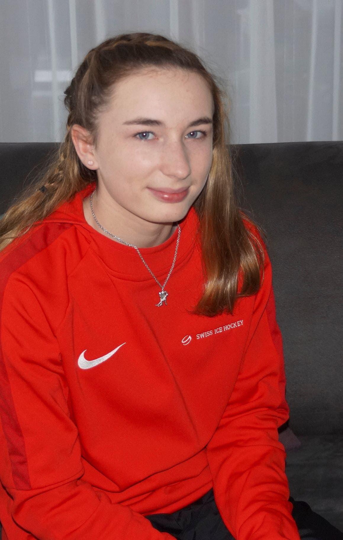 ... und Eishockeyspielerin Valerie Christmann.