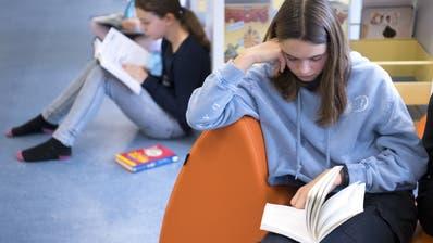 Sich aufmerksam mit einem Text zu beschäftigen, braucht Zeit und Geduld. (Laurent Gillieron)