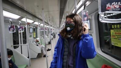 Gwendoline Flückiger ist am 27. Januar quasi alleine in einer U-Bahn in China unterwegs. (Bild: PD)