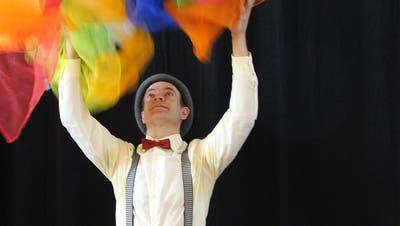 Clown Toto träumt im Kindertheaterstück «FehLERN» vom grossen Erfolg im Zirkus. (Bild: PD)