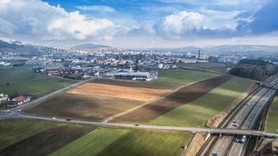 Im Westen Wils soll eine neue Autobahnausfahrt und ein Wirtschaftsgebiet mit bis zu 3000 Arbeitsplätzen entstehen. (Hanspeter Schiess Und Urs Bucher)