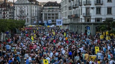 Luzernerfest 2018: Mit neuem Konzept wird der Schweizerhofquai nicht mehr gesperrt. (Bild: Philipp Schmidli, Luzern 30.Juni 2018)