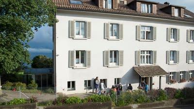 Das Zentrum für unbegleitete minderjährige Asylsuchende und Flüchtlinge zieht ins Asylzentrum Landegg in Eggersriet. (Bild: Ralph Ribi (Eggersriet, 11. August 2016))