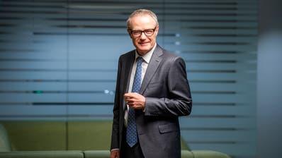 Grossaktionär Haefner hält nun knapp die Hälfte am angeschlagenen Stahlkonzern. (Bild: Dominik Wunderli (Cham, 26. November 2019))
