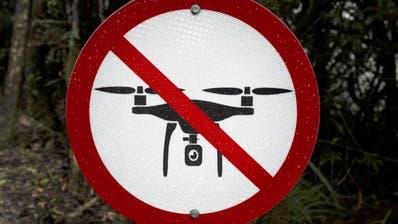 Sollte das Drohnenverbot im Sommer in Kraft treten, braucht es für Such- und Rettungsflüge im Alpstein in Zukunft eine Bewilligung. (Bild: Imago)
