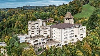 Luzerner Bauunternehmer kauft leer stehende Frauenklöster