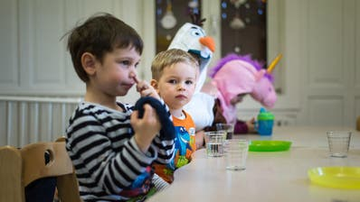 Zwei Drittel der Kosten für die familien- und schulergänzende Kinderbetreuung tragen im Kanton St.Gallen die Eltern. (Michel Canonica)