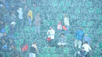Im Spiel gegen Kroatien sind 5000 Heimfans zugelassen, Gästeanhänger müssen draussen bleiben. (Hannes Thalmann)