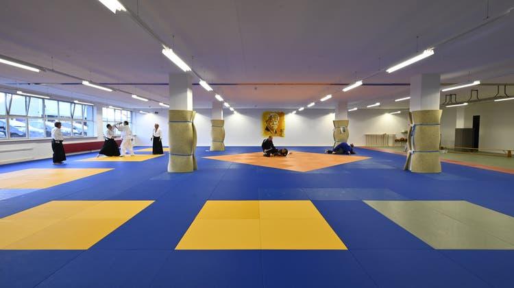 Judoclub trainiert im neuen Dojo – viele Mitglieder halfen in Coronazeit beim Umbau mit