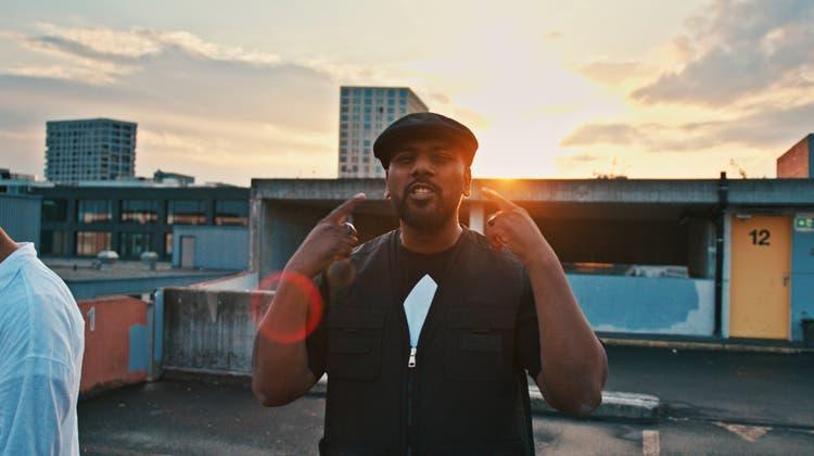Siga rappt in «Flüchtling» über seine Vergangenheit – der Song mitsamt Musikvideo erscheint am Montag