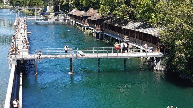 Zürich hebt Personenbeschränkung für Badis auf – und setzt auf Eigenverantwortung
