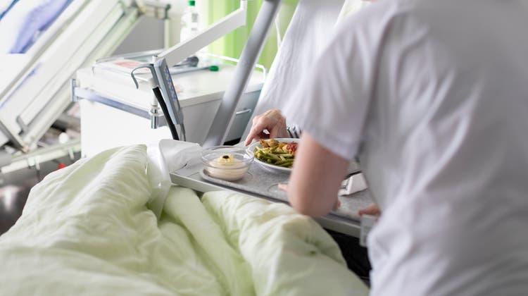 Gericht entscheidet nach Drama im Kantonsspital Baden: Patient gestorben, Pflegerin freigesprochen