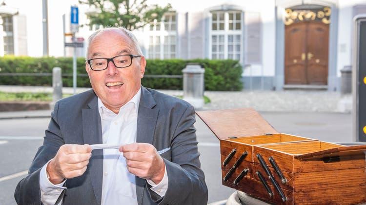 Heinz Lerf über zertrümmerte Gitarren und das Klischee des langweiligen Bankers
