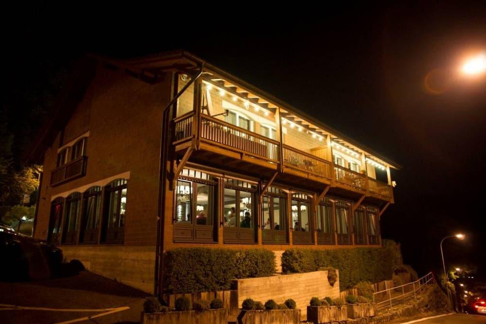 Das Restaurant liegt oberhalb von Baden.