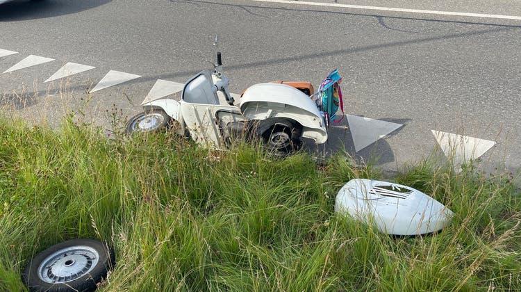 Hinterrad löste sich: Vespa-Fahrer verunfallt