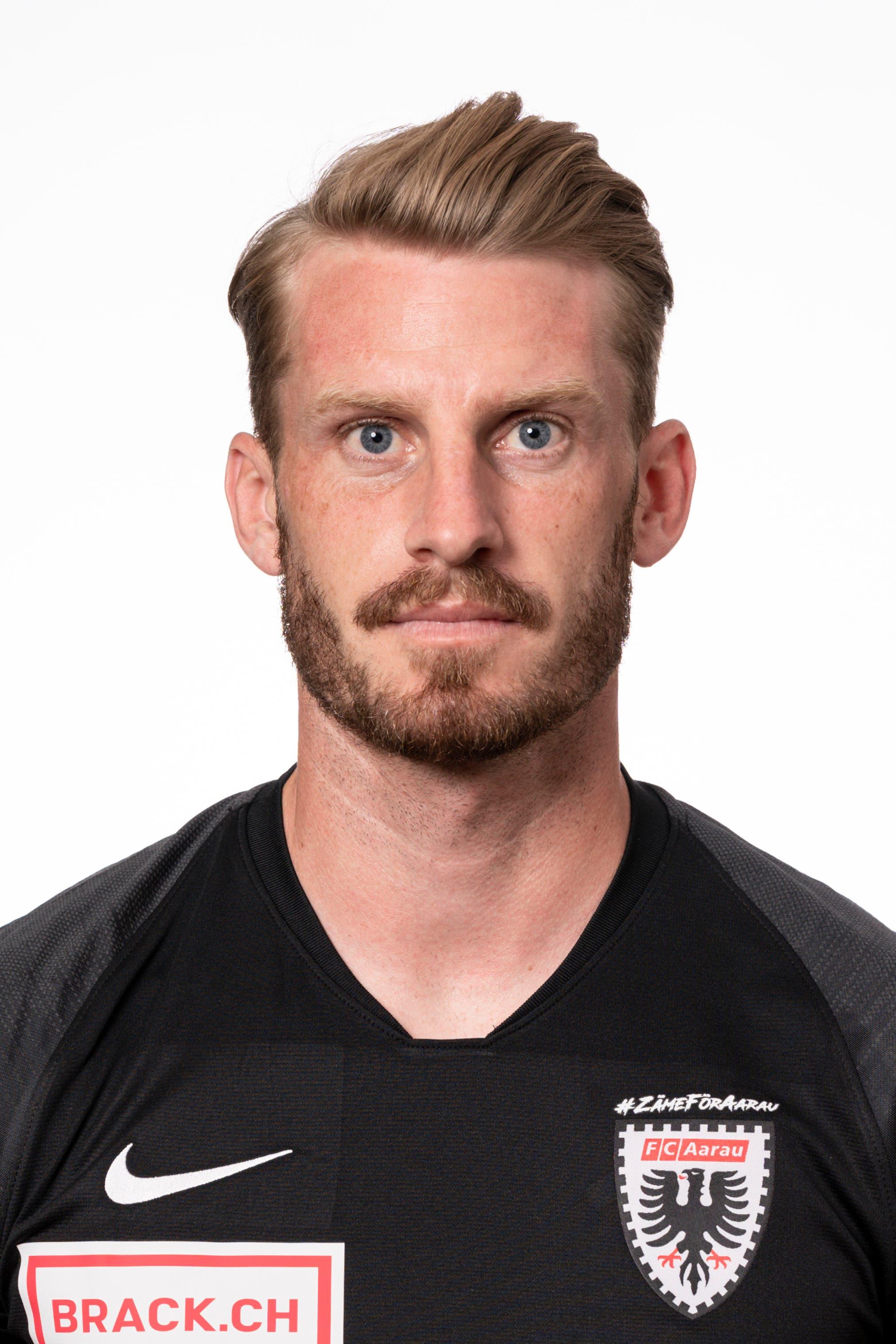 Nicolas Schindelholz: Note 4 Besorgt mit seinem zweiten Saisontor die FCA-Führung zum 1:0. Defensiv mit stabiler Leistung.