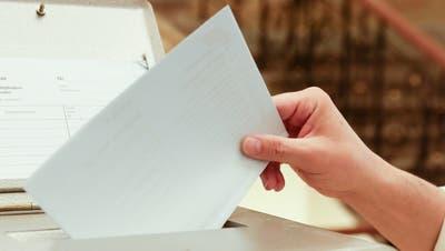 Nach dem ersten Wahlgang am 27. September hatten ausser Johanna Burri alle nicht gewählten Gemeinderatskandidaten ihren Rückzug erklärt. Für den zweiten Wahlgang am 29. November gibt es in den Wahlunterlagen einen leeren Stimmzettel mit Platz für einen Namen. (Bild: Donato Caspari)