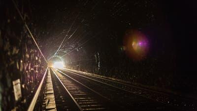 Die Sanierung des Lötschbergtunnels gibt zu reden. (Keystone)