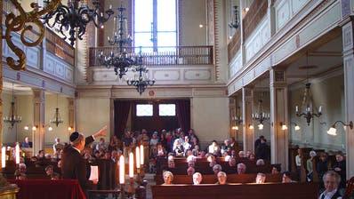 Synagoge Endingen im Jahre 2011: Für einen jüdischen Gottesdienst braucht es zehn Männer, sie finden nur noch gelegentlich statt. (Bild: Keystone)