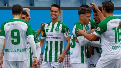 Viel Aufregung in Luzern – aber der FC St.Gallen weiss sich auf seine Weise zu behaupten und bleibt Leader