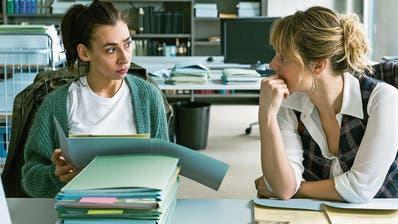 Sind in Deutschland noch nicht durchgefallen: Tessa Ott (Carol Schuler) und Isabelle Grandjean (Anna Pieri Zuercher).