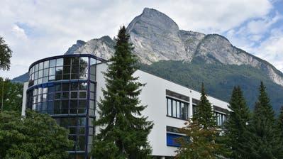 Der Streit um einen entlassenen Lehrer an der Kantonsschule Sargans beschäftigt das St.Galler Verwaltungsgericht. (Michael Kohler)