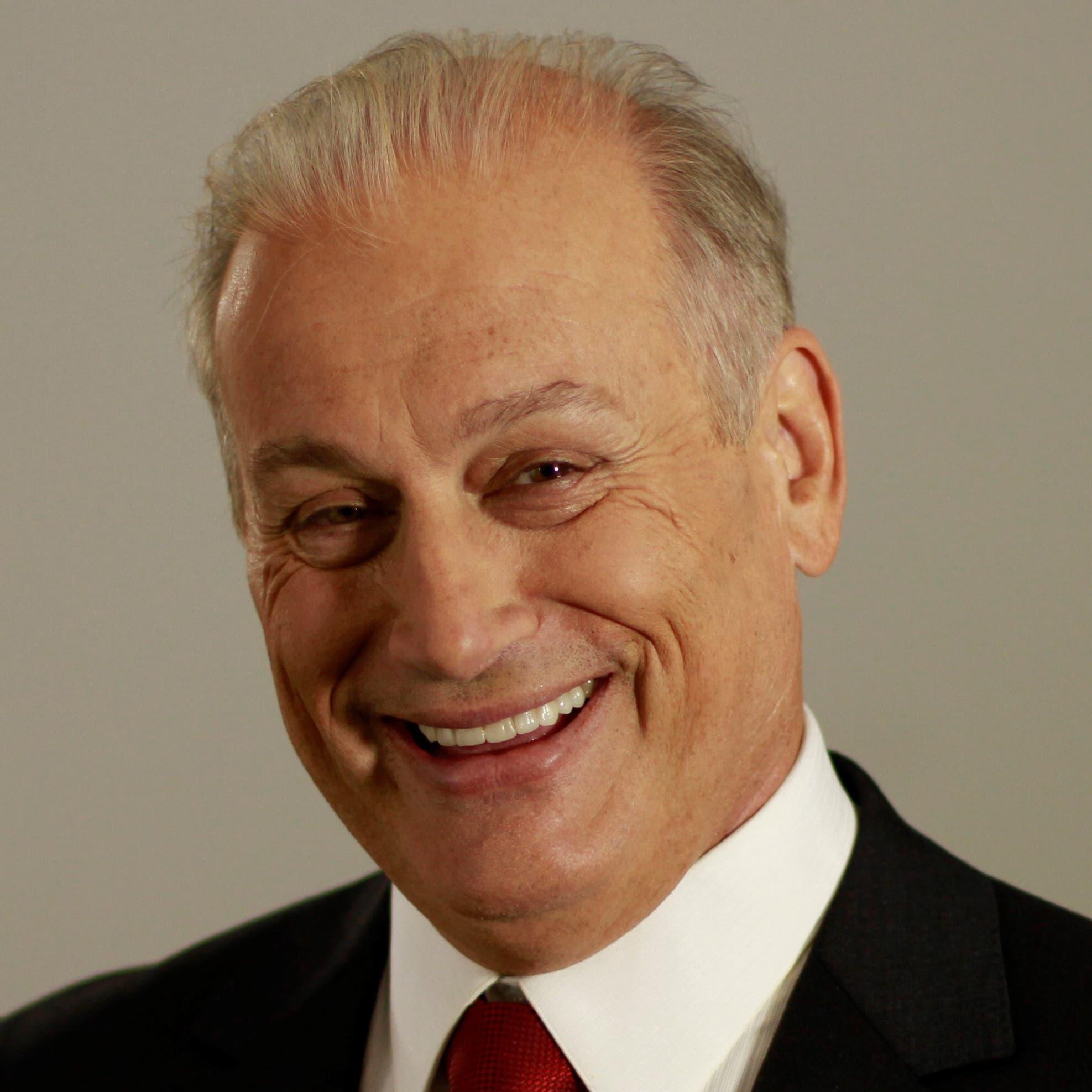 Roque de la Fuente: Sein Name steht in 15 Bundesstaaten auf den Wahlzetteln. Der Kandidat der «Allianz Partei» (65) ist ein Dauerwahlkämpfer. Unter anderem bewarb er sich schon als Bürgermeister von New York und als Senator in neun verschiedenen Bundesstaaten. De la Fuente will das Migrationssystem reformieren und viel Geld in erneuerbare Energien stecken.