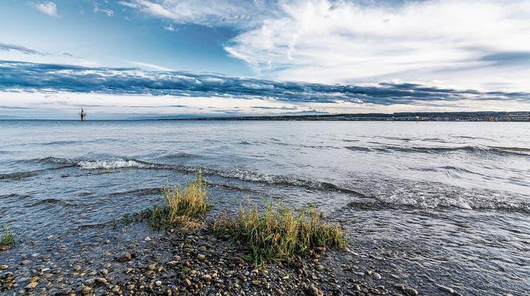 Über die Zeit meteorologischer Dramen und existenzieller Fragen — Ein herbstlicher Spaziergang am Bodensee