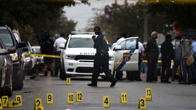 US-Polizisten töten Schwarzen - Ausschreitungen in Philadelphia