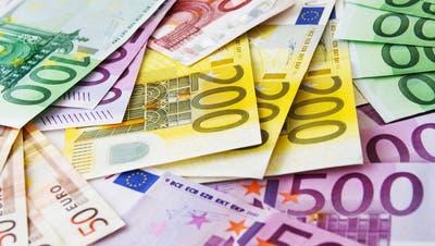 Geld kann viele Türen öffnen, in diesem Fall auch die Gefängnistür zur Untersuchungshaft. (Bild: Santje09 / iStockphoto)