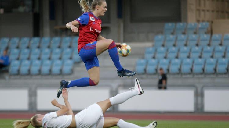 Erfolgreicher Kampf um die Zuschauer bei den FCB Frauen: Zufall oder öffentlicher Druck?