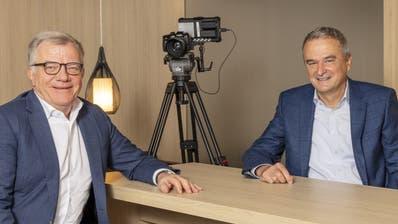 Hansueli Loosli (l.) tritt als Coop-Verwaltungsratspräsident ab, Konzernchef Joos Sutter (r.) soll ihn beerben. (Coop)