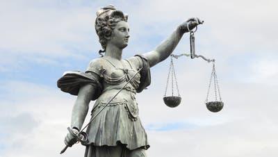 Justitia (Bild: Fotolia)