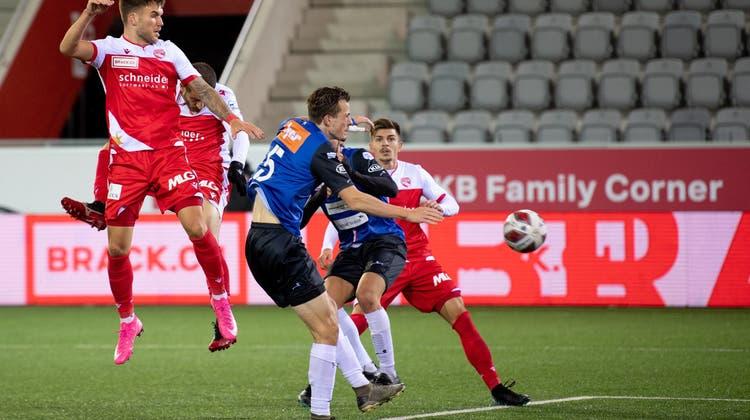 Bittere Niederlage in Thun: Der FC Aarau verliert trotz starkem Auftritt in Unterzahl