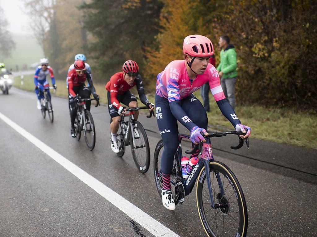Stefan Bissegger (vorne), der Profi vom World-Tour-Team Education First ist an der Strecke aufgewachsen, konnte nicht in den Kampf um die Medaillen eingreifen
