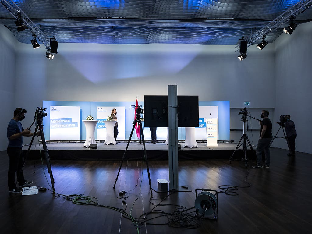 FDP-Präsidentin Petra Gössi an der digital durchgeführten Delegiertenversammlung.(KEYSTONE/Alexandra Wey)