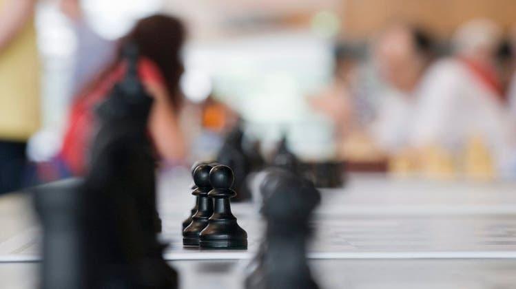 FIDE-Meister Anvar Turdyev ist der Mister 100 Prozent