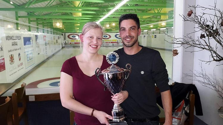 Aarauer Curler gewinnen internationales Mixed Doubles Turnier