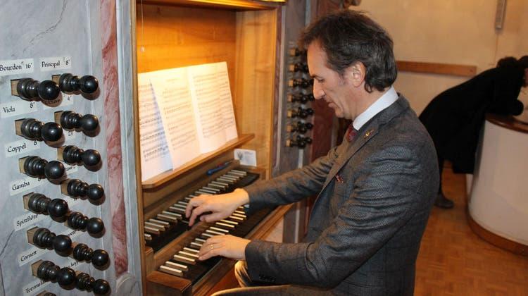 Der Maestro brachte die Laufenburger Königin der Instrumente zum Klingen