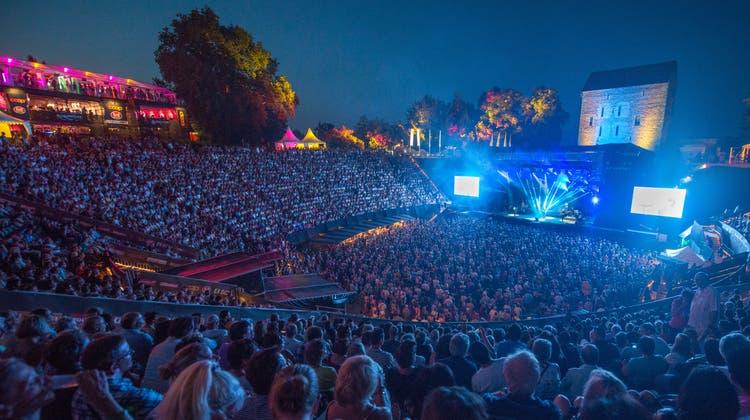 Das Festival Rock Oz'Arènes in Avenches – im Bild 2015 – gibt es seit bald 30 Jahren. Doch schon vorher könnte Schluss sein – wegen Corona. (Keystone)