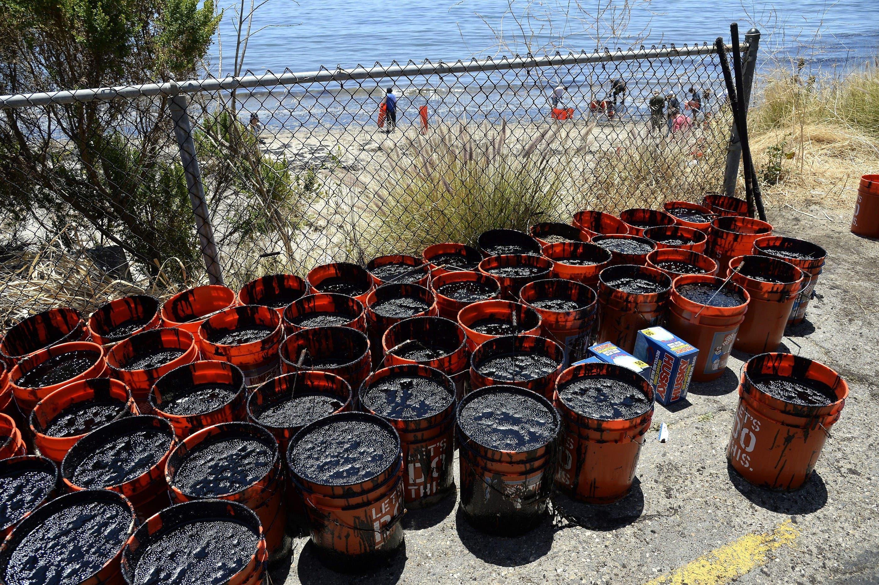 Ein Leck an einer Pipeline hat vor der Küste von Santa Barbara im US-Bundesstaat Kalifornien eine Ölpest verursacht.