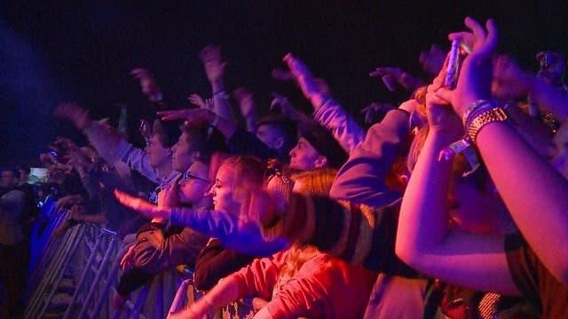 Touch the Air: Coole Beats, gute Laune und viel Matsch
