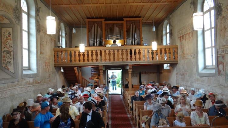 Traditioneller Hut-Gottesdienst in Rüti