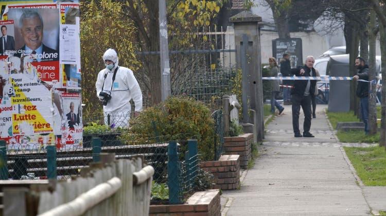 Messer-Attacke auf Lehrer in Paris war nur erfunden
