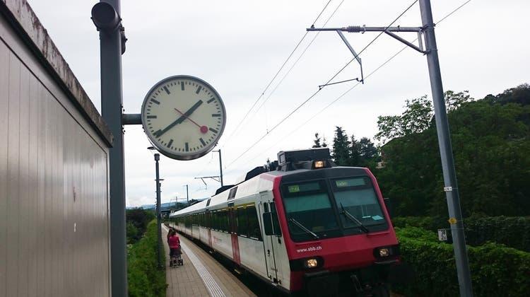 Kein Internet, kein Telefon – und die Bahnhofsuhr spinnt auch noch