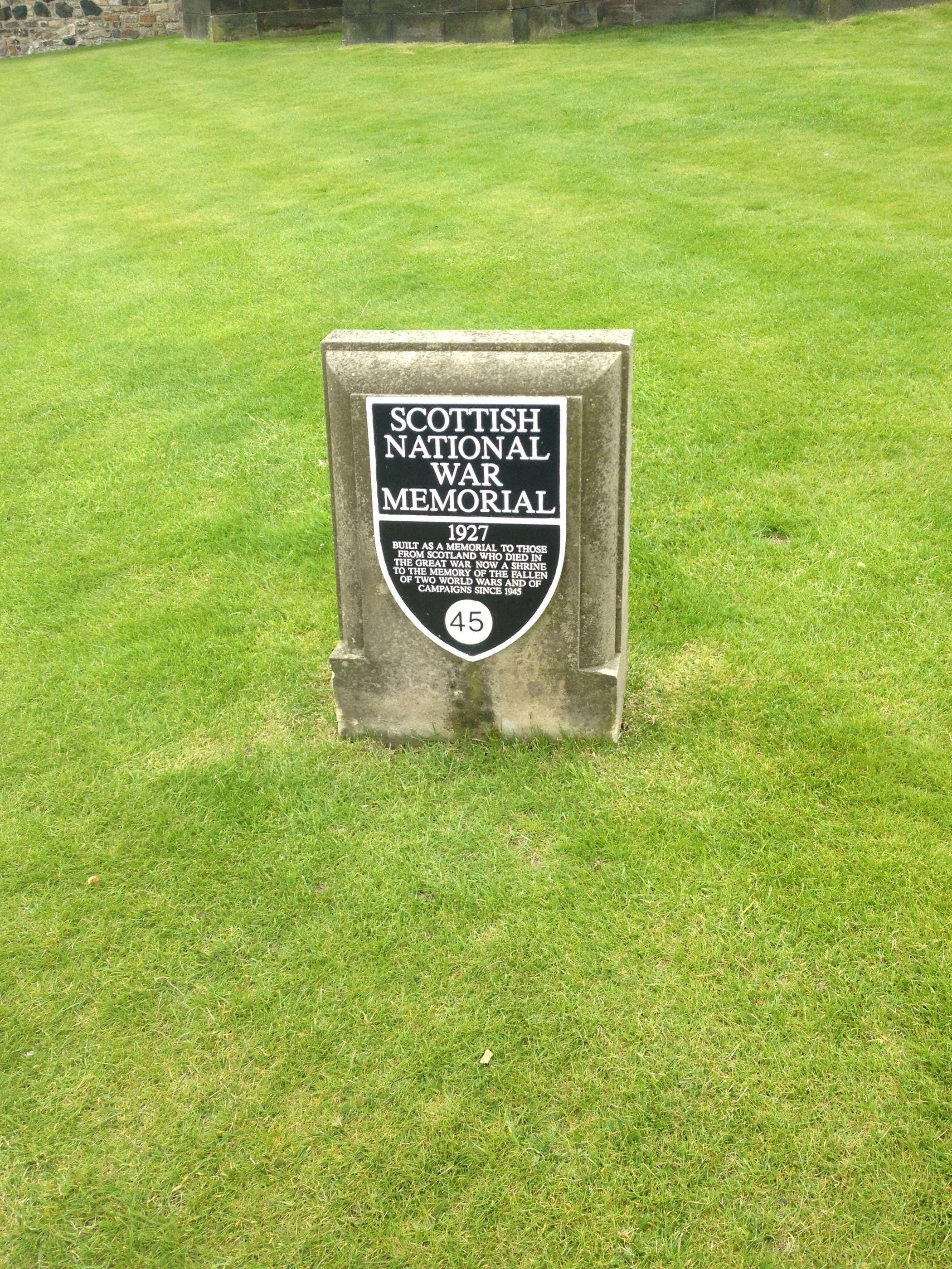 Das Scottish National War Memorial befindet sich im Edinburgh Castle.
